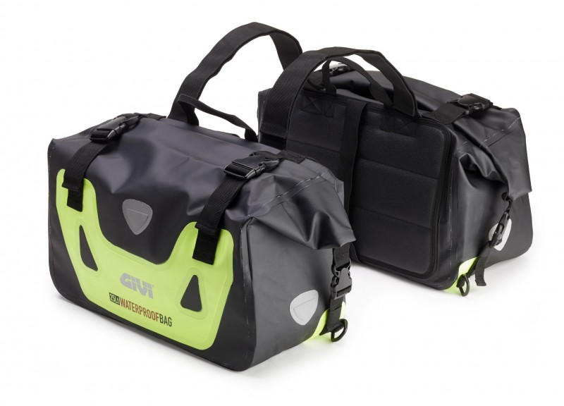 New soft luggage from Givi