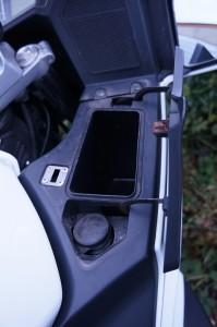 CFMoto 650 glove box